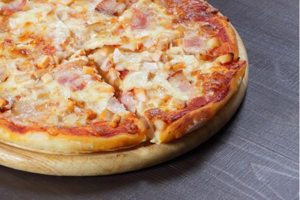 Пицца Чикен-бекон